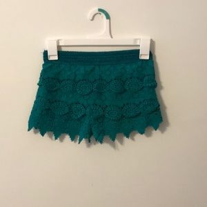 Turquoise lace shorts kids M